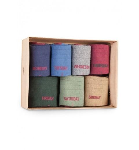 Caja de 7 calcetines de caña alta con los días de la semana