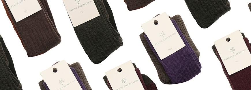 Calzas de lana merino tejidas en 2 colores y con faja