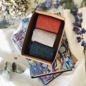 Cuando diseñamos la colección de purpurina, encontramos un problema: éramos incapaces de elegir un solo modelo. Meses más tarde, sois vosotros los que nos decís que os pasa lo mismo.   SON TAN CHULOS QUE OS LOS QUERÉIS LLEVAR TODOS💛✨ ¡Y eso nos hace muy felices!  #fourcottons #calcetines #socks #algodon #cotton #regalos #regalospersonalizados #regalosoriginales #madeinspain #fashion #glitter #purpurina #fashionista #new #newcollection #losautenticos
