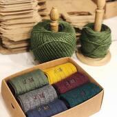 ¿Cuántos de vosotros recibiréis estos días cajas con iniciales de @fourcottons?   #fourcottons #socks #calcetines #madeinspain #hechoenespana #iniciales #personalizados